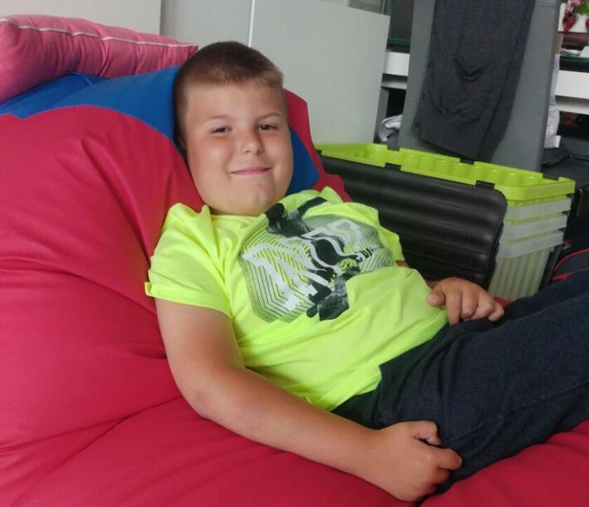 Ralf sitting